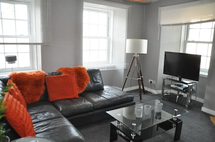 Heart of Hawick modern and spacious Apartment