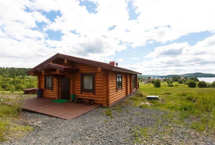 Гостевой дом Лосиный мыс с видом на озеро Мунозеро