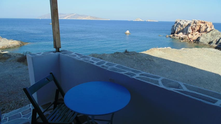 Beach House-Folegandros Studio 4
