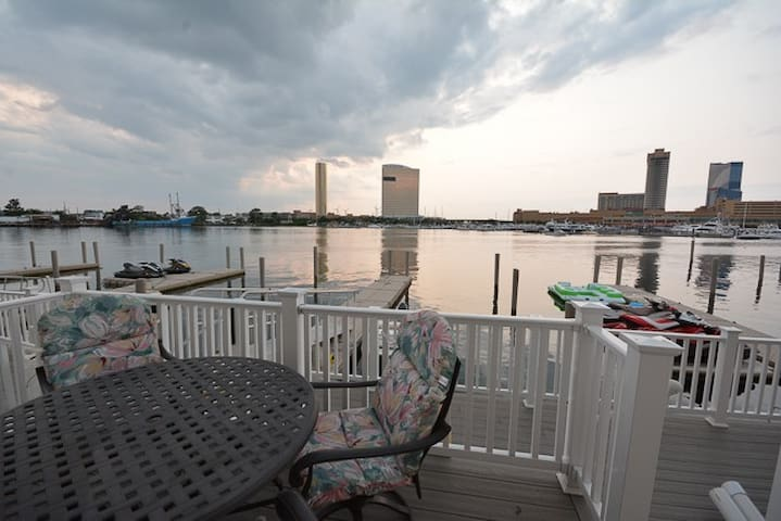 WaterView, all room on water front - Atlantic City - Casa