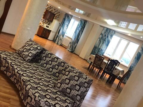 Большая трёх комнатная квартира!