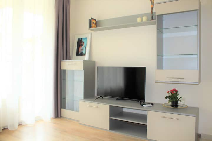 Cozy and Modern Apartment In Nessebar