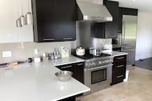 newly renovated kitchen. all kind of food can be cooked here. Only open to guests of 3+ nights