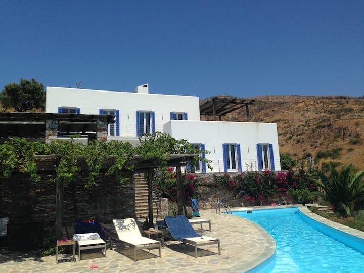 Gorgeous seaside residence
