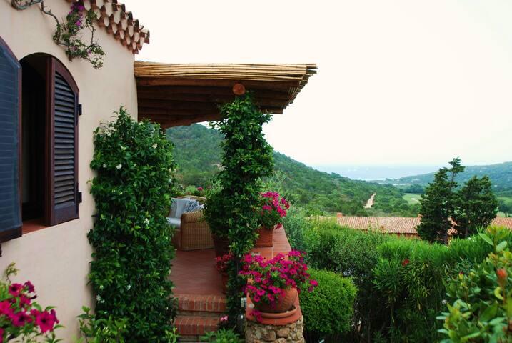 Beautiful cozy house in Sardinia - Arzachena - Apartamento