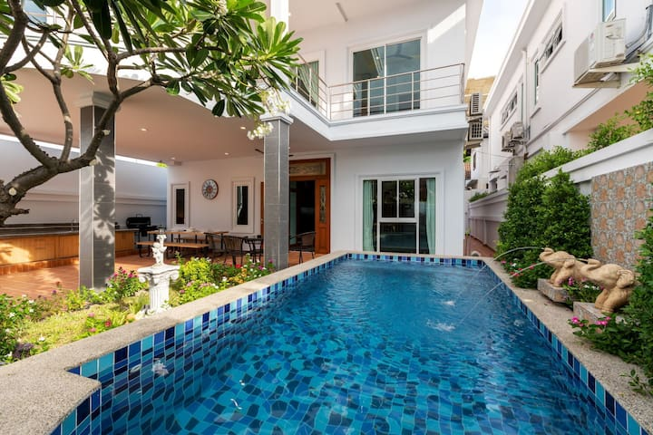 ☆Gala Holiday☆Private Luxury Villa◆Near Walking St