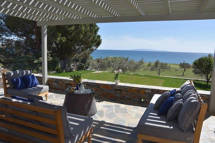 Karystos Muse - Calliope residence (sea view)