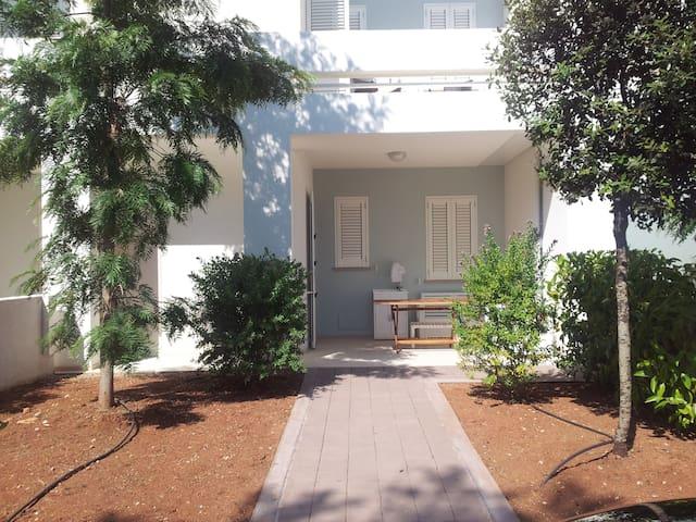 Beautiful beach house - Baia Verde, GALLIPOLI - Dom