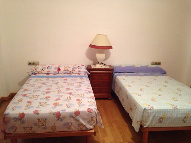Habitacion suite, dos camas 105 cm - Antequera - ที่พักพร้อมอาหารเช้า