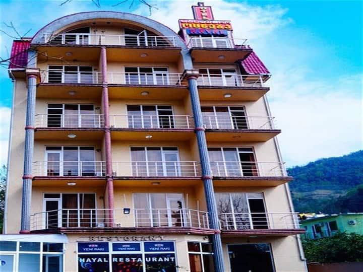 """Отель """"OTSNEBA"""" с видом на море и горы"""