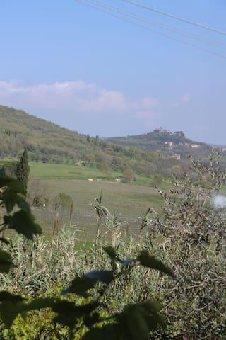 Gastenhuisje in rustieke omgeving - Magione - Chalet