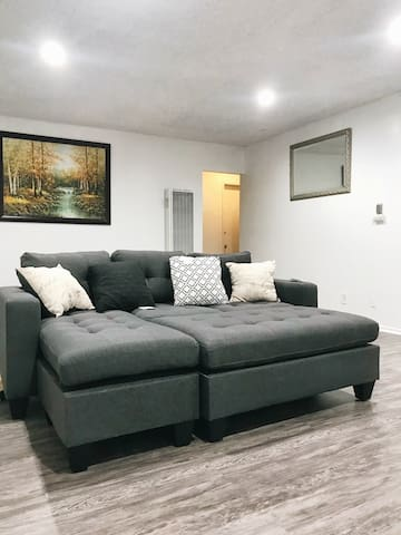 Whole newly remodel House for Family and Friend