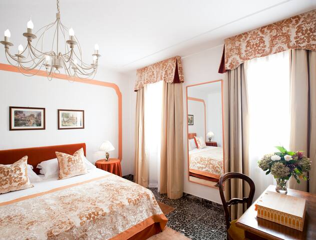 B&BCa' Olimpia Venezia  Orange Room - Mirano - Bed & Breakfast