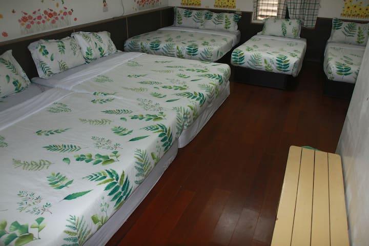 綠島鹿瑪民宿- 家庭房 (5人以上最多9人同時入住)