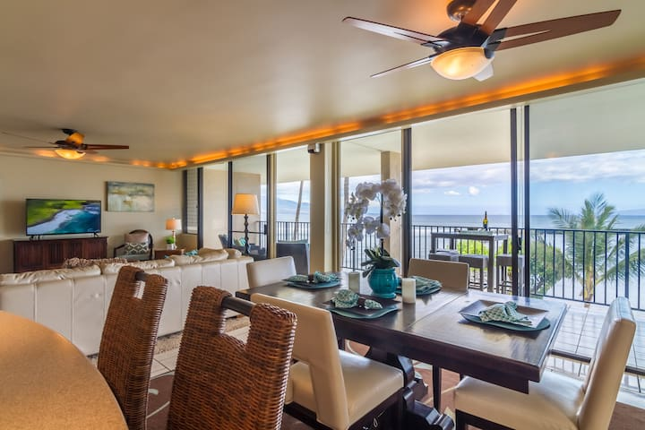 1,700 Sq Ft Oceanfront Condo with Stunning Views!