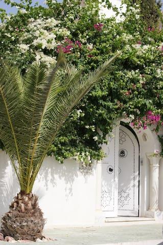Suite dans villa à Monastir - Al Munastîr - Villa