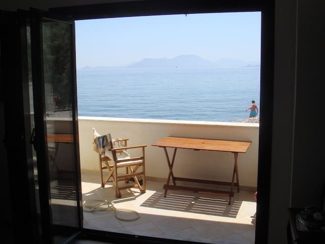 Beach apartment in Samos island - Samos