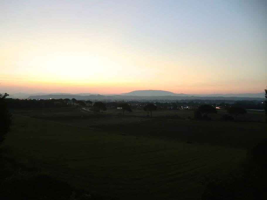 Vista della campagna e del Subasio dalla casa