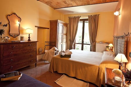 Agriturismo with swimming pool - Migliano