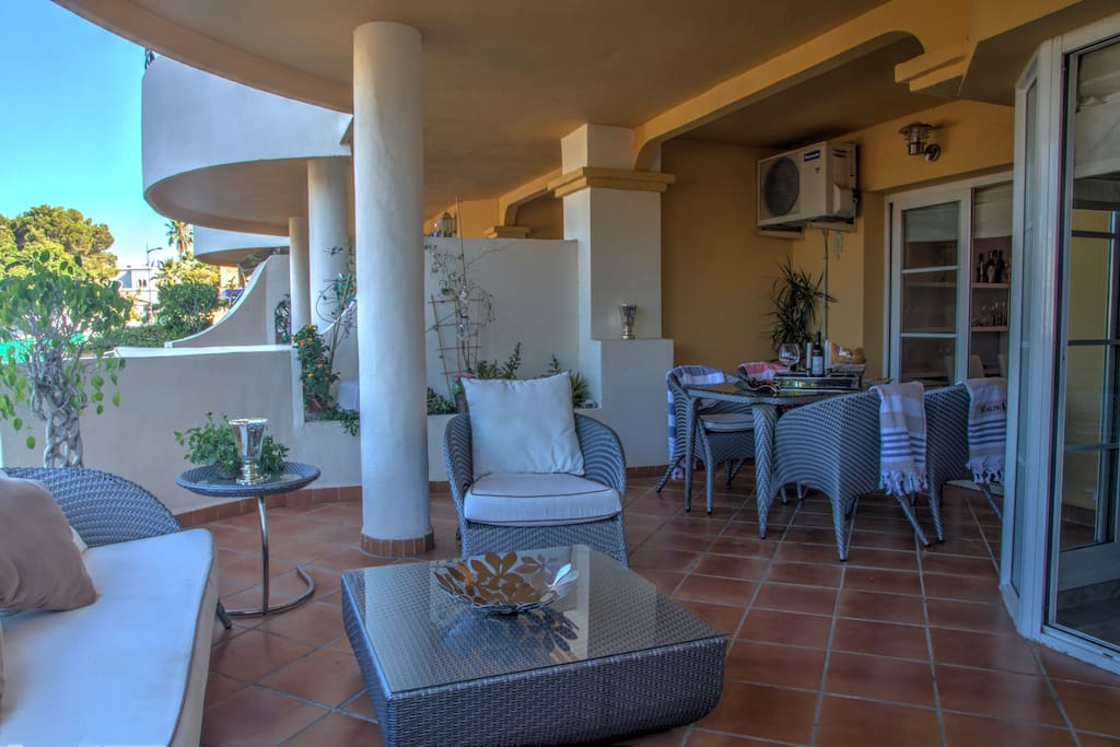 Apartment in Senorio De Aloha Marbella for rent