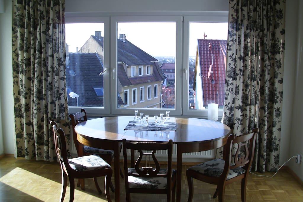 F r 3 personen gro e 2 zimmer maisons louer leimen for Baden baden allemagne maison close