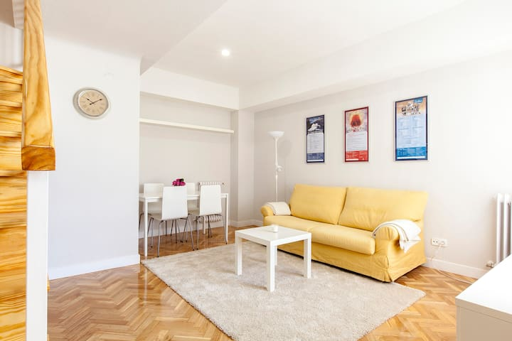 ARENA CENTRIC CASA TIRSO ( SOL - PLAZA MAYOR ) - Madrid - House