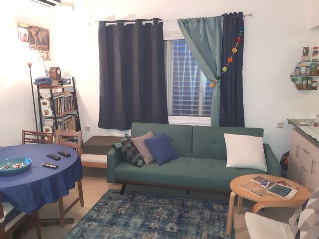 Comfy and quiet appartment on Tel Aviv heart