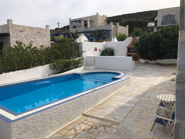Villa Randiana Pool House with Sea View