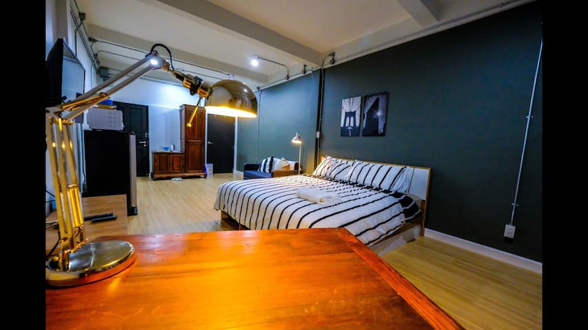 *NEW STUDIO* /FREE WIFI/BTS/SILOM/CLEAN/SPACIOUS/