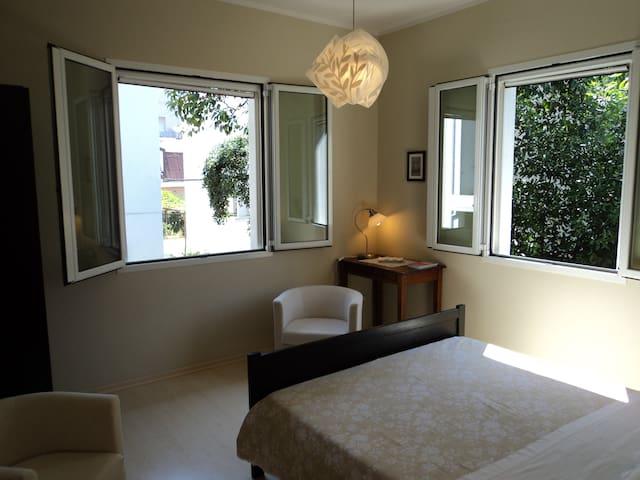 """""""Zuclein""""B&B-stanza delle finestre - Rimini - Bed & Breakfast"""