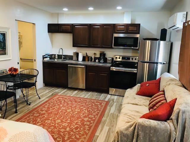 Iron Leaf Studio (kitchen/private entry)