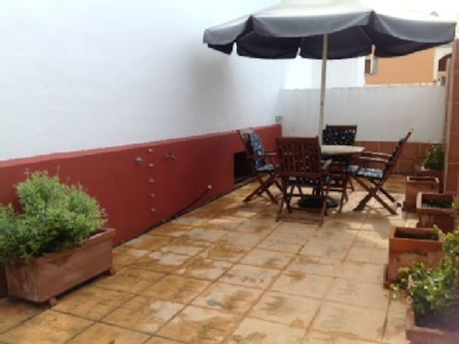 patio privado de 70m2
