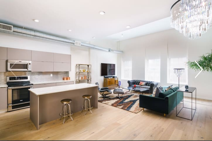 Prime SOHO Luxury penthouse Loft