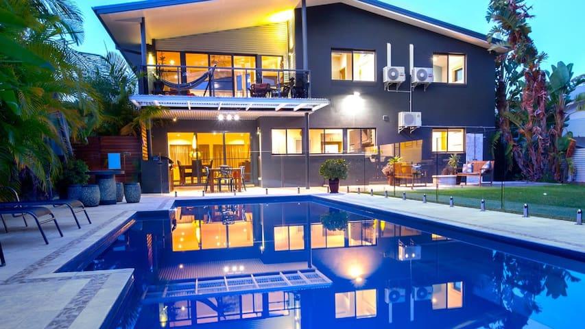 Alkira @ Elizabeth Beach - luxury, a/c,pool & pets - Elizabeth Beach