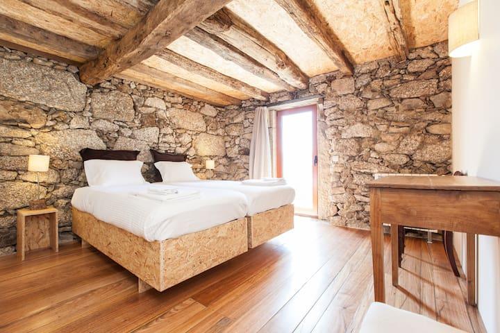 Casa do Palheiro Grande (T3) - Quinta do Rapozinho - Cabeceiras de Basto