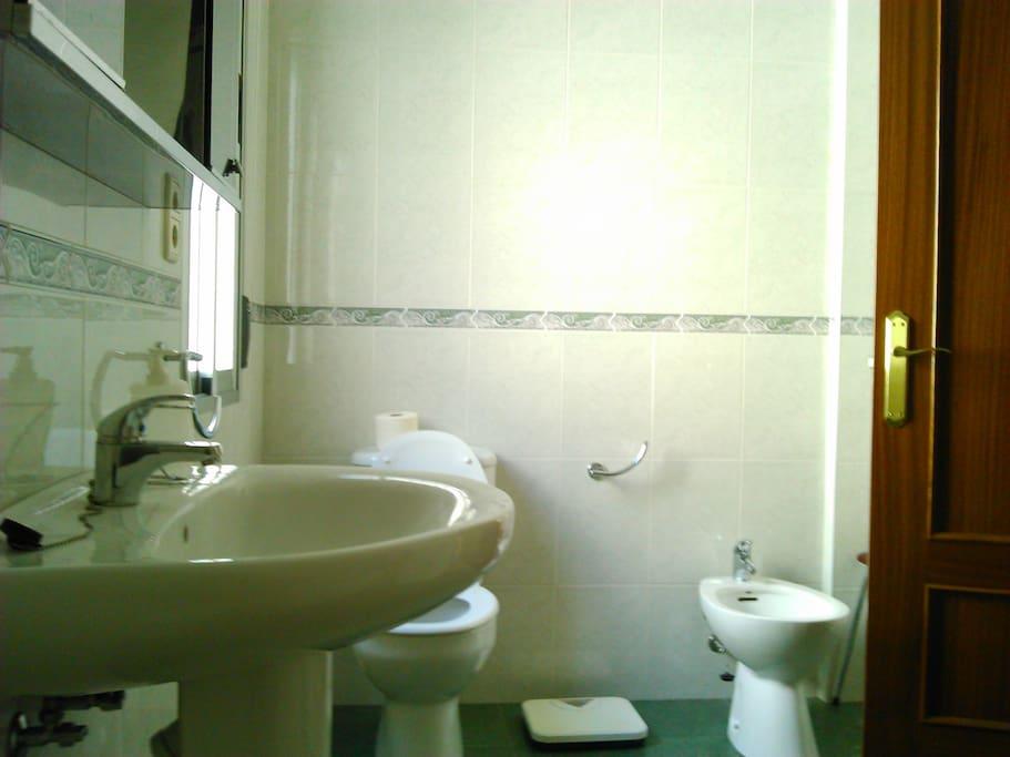 Piso c ntrico en el casco antiguo apartamentos en for Pisos alquiler ponferrada