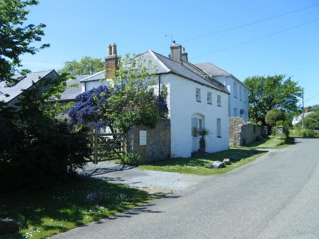 The Coach House, Bosherston, Pembrokeshire