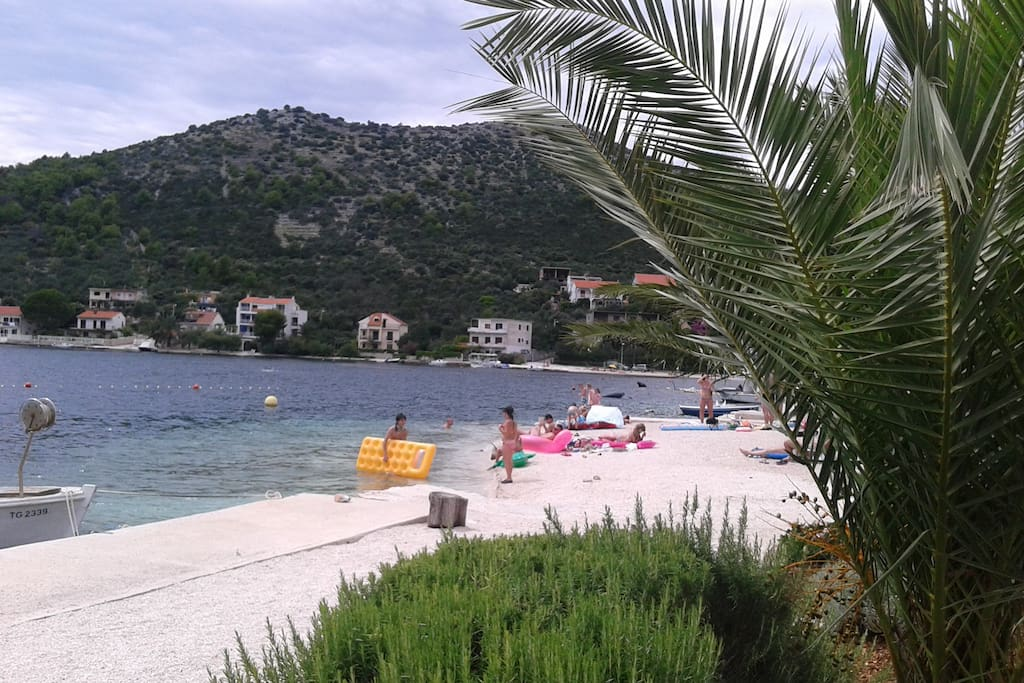 Beach nearby the apartment (<30m from the entrance)