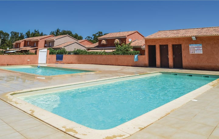Awesome home in Prunete with Outdoor swimming pool, WiFi and 1 Bedrooms
