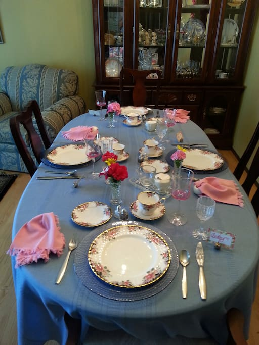 The Table is set for another Great country breakfast