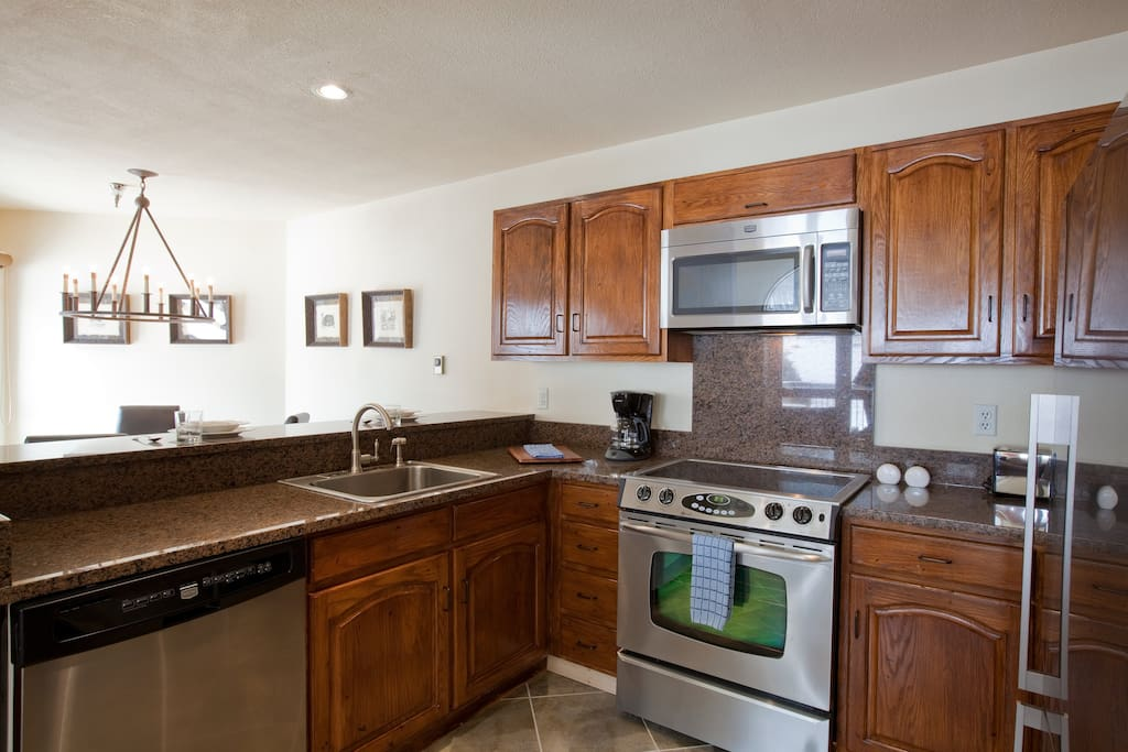 Cook up your specialty in this spacious kitchen with granite countertops.