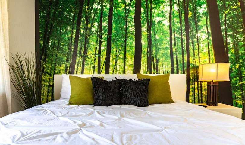 Forest Zen Retreat☮ | WOW Price!! |☕Work/Leisure