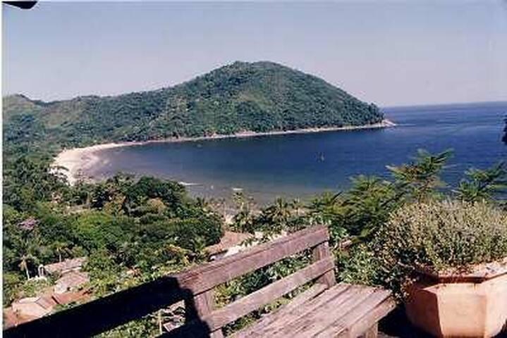 Casa Barra do Sahy-Cond.fechado- frente mar (NOVO)
