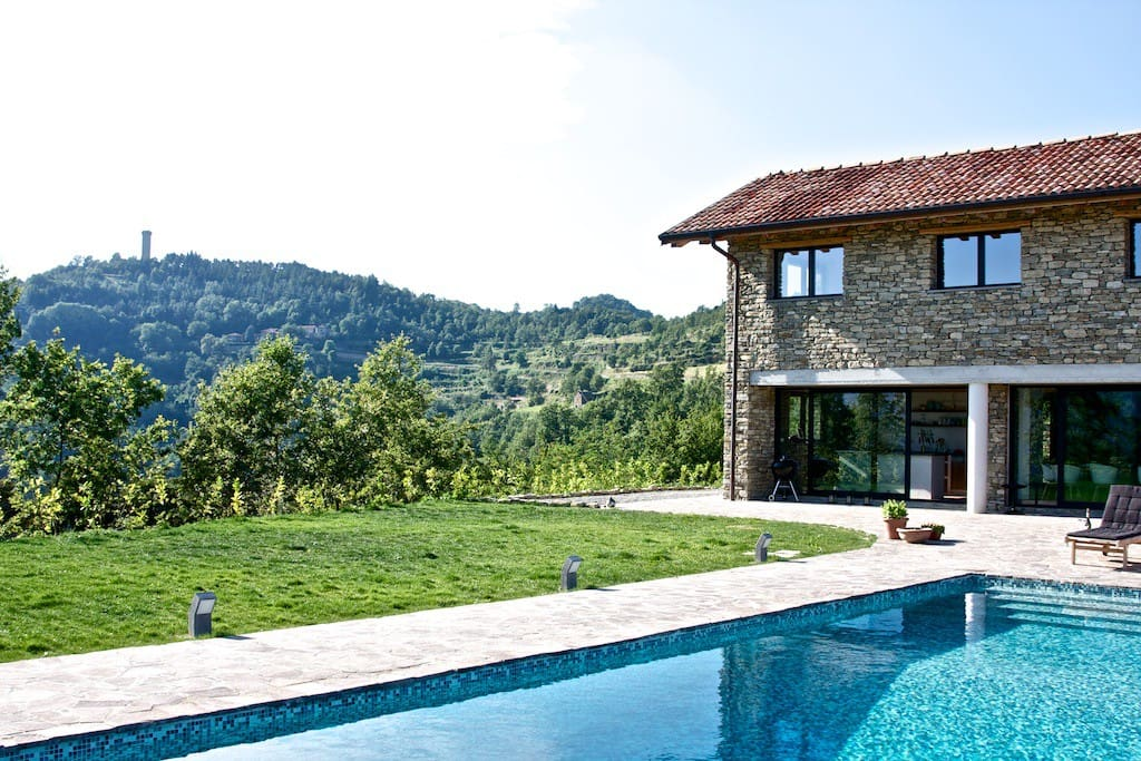260 m3 luxury house in stunning location.