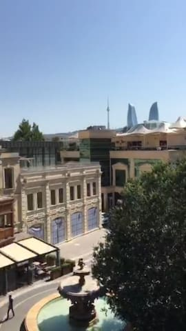 2 bedrm Fontain Square. Great views, close to ALL! - Baku