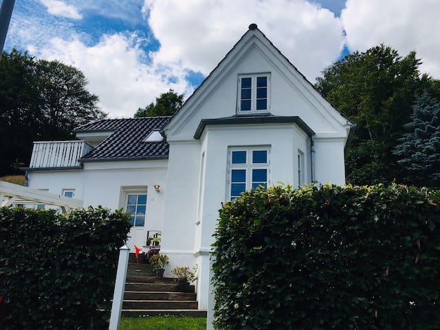 Lovely House close to Legoland and Givskud Zoo