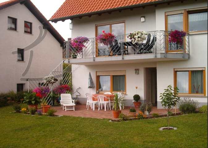 FeWo,Bostalsee3km, bis 8 Pers incl. Saarland Card - Nohfelden - Apartment