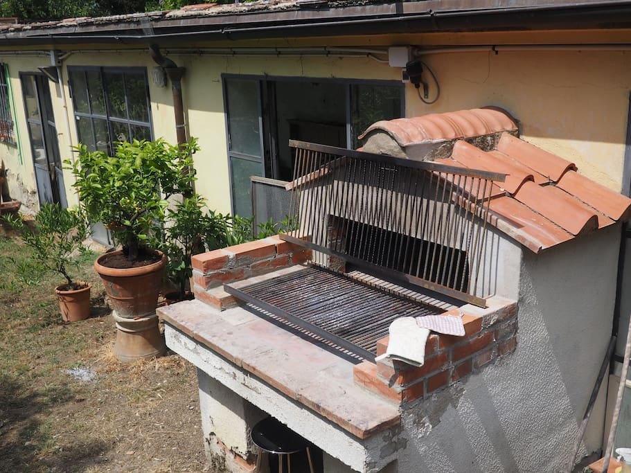 Barbecue per cene all'aperto