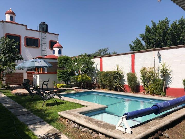 Casa Rustica con Alberca Privada Climatizada