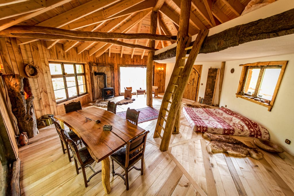 baumhaus auf stelzen mit schloss blick treehouses for rent in witzenhausen hesse germany. Black Bedroom Furniture Sets. Home Design Ideas